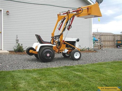 Gilson 16 HP garden tractor front end loader_1